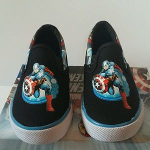 Brand New Marvel Captain America Slip-on Shoes 10